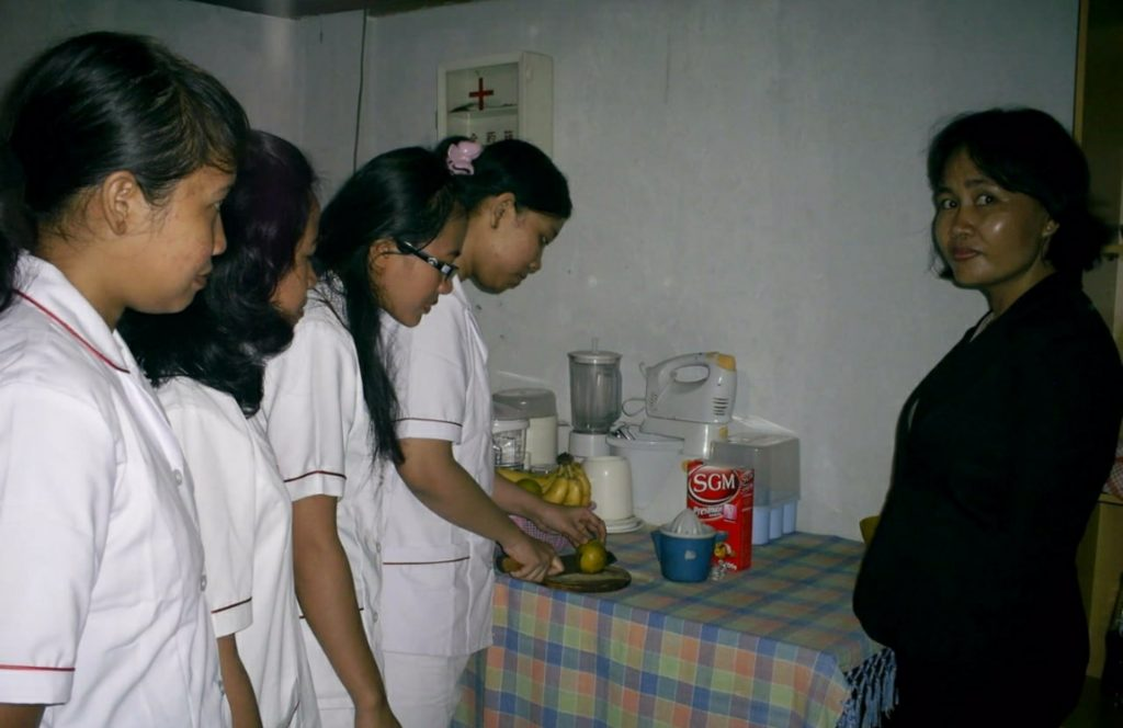 Penyalur Baby Sitter Jakarta - Lembaga Pelatihan Kerja Terbaik Di DKI Jakarta