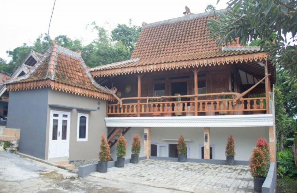 Dijual Homestay di Batu, Malang, Jawa Timur