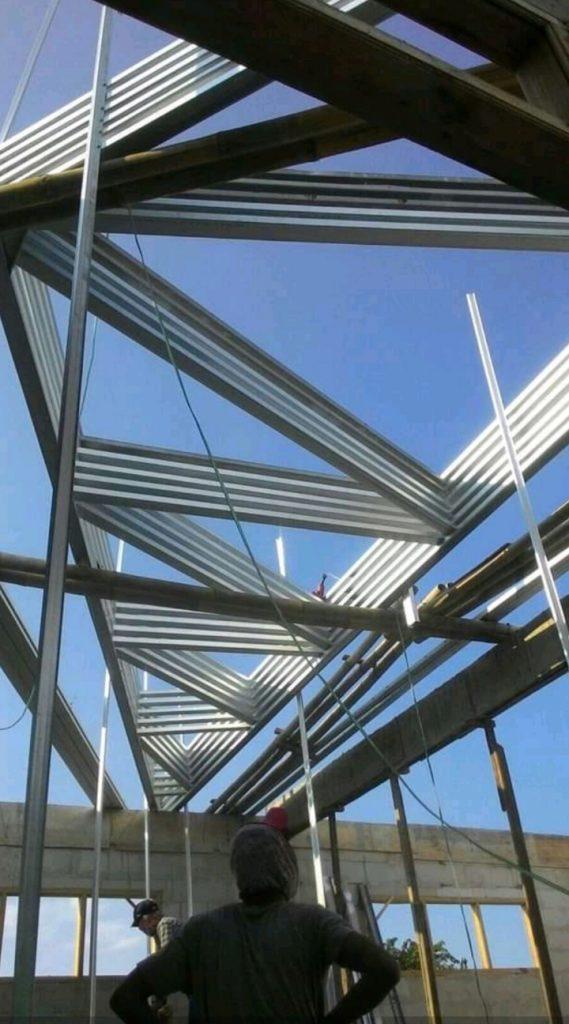 Jasa Tukang Atap Bogor, Pemasangan Kanopi dan Rangka Atap Baja Ringan di Bogor